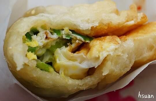 餅皮Q軟好吃,宜蘭的蔥一起入口多汁又刷嘴
